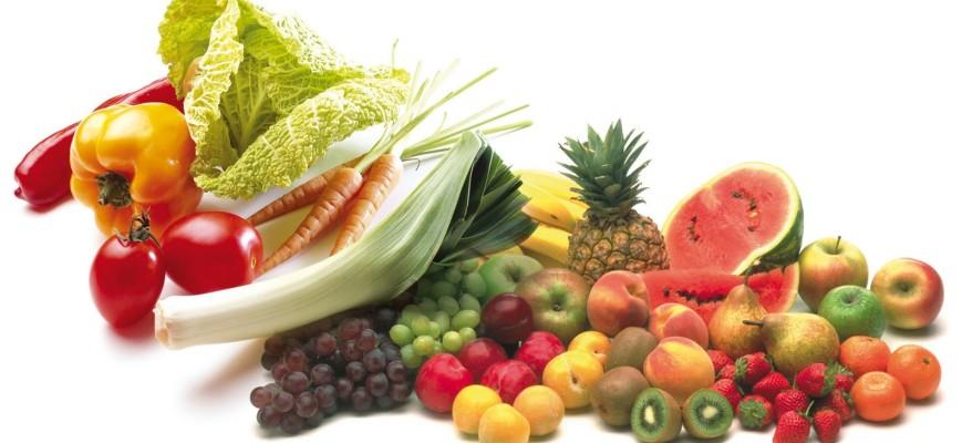 Le 10 regole per mangiare bene secondo Veronesi