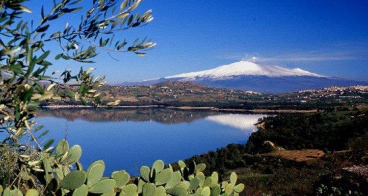 L'Etna nel bicchiere: alla scoperta dei vini del Vulcano
