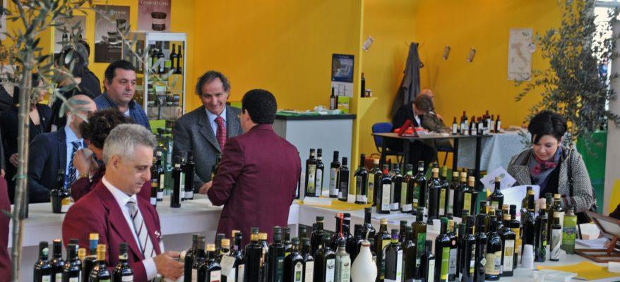 Olio: a Trieste il salone degli extravergini tipici