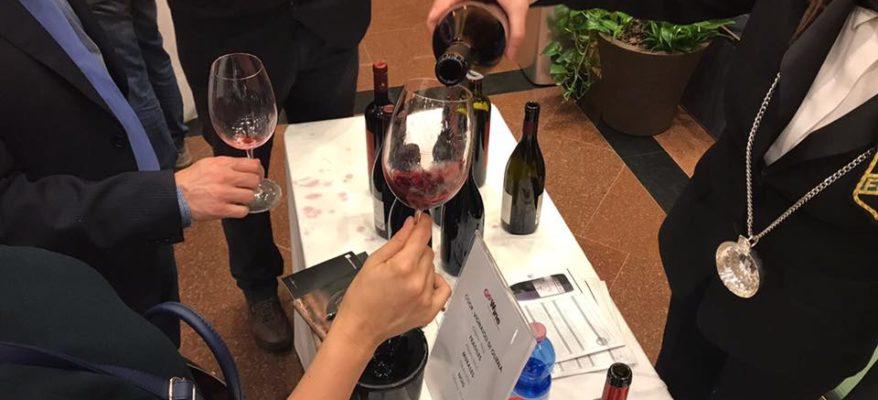 A Milano, tra Sicilia e Sardegna: una serata dedicata al vino delle isole